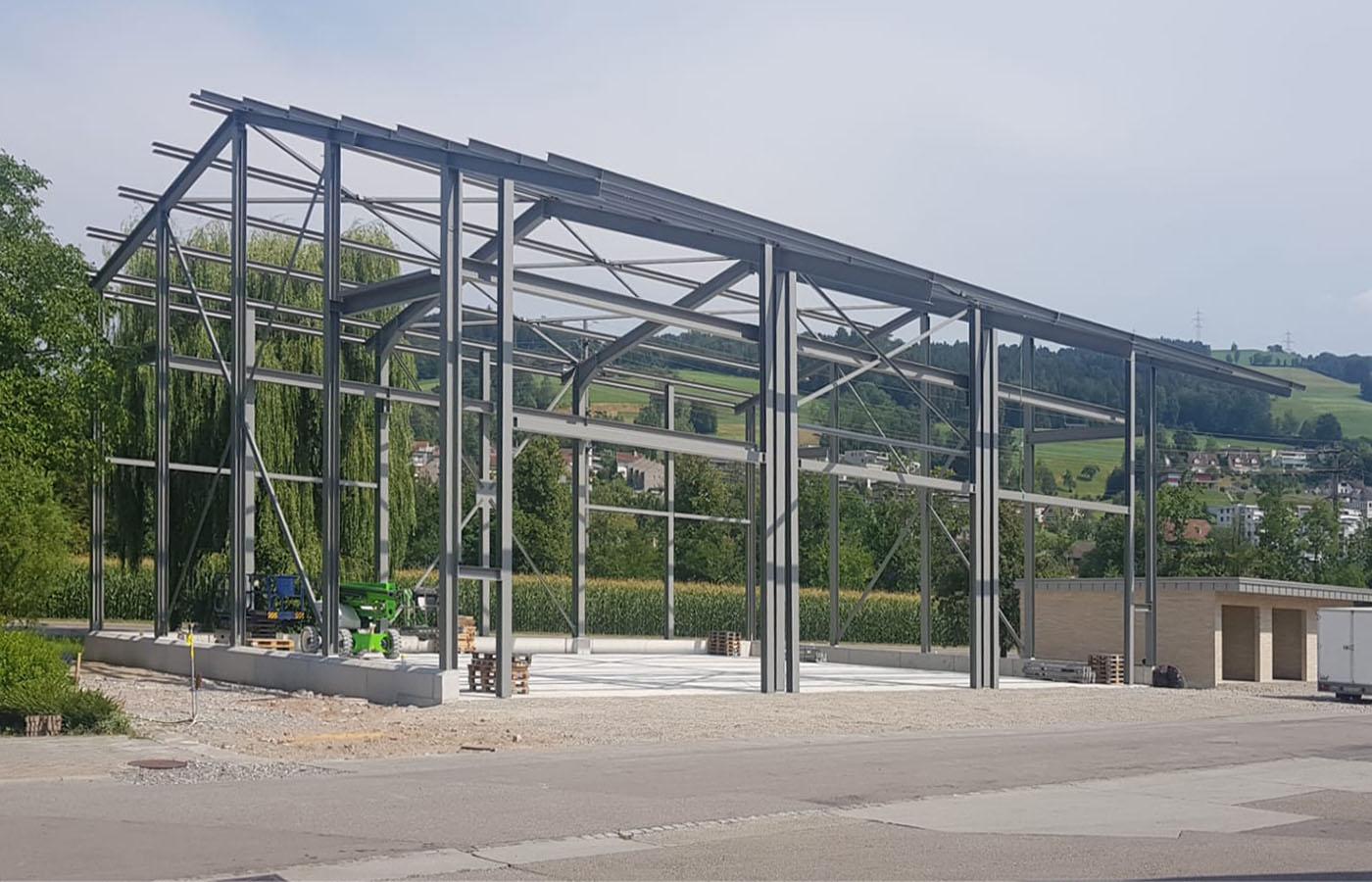 Lagergebäude Ziegelei Schumacher AG Stahlbauaufrichte