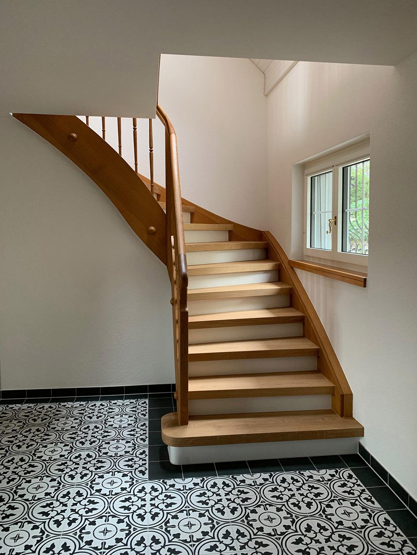 HALDE10 Treppe